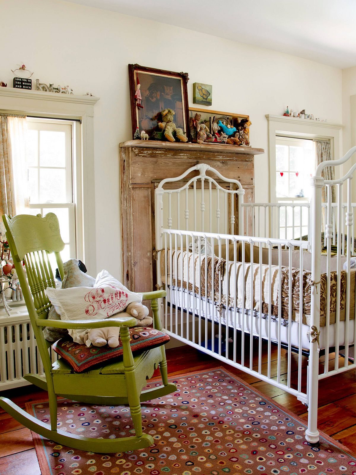 Rocking chair in green for the dreamy eclectic nursrey in white