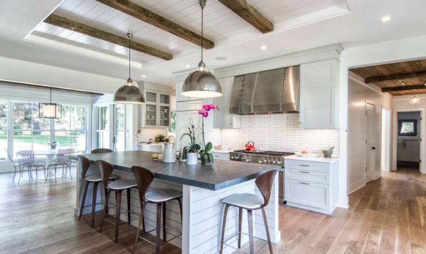 Great Ways To Incorporate Shiplap Into A Cozy Home