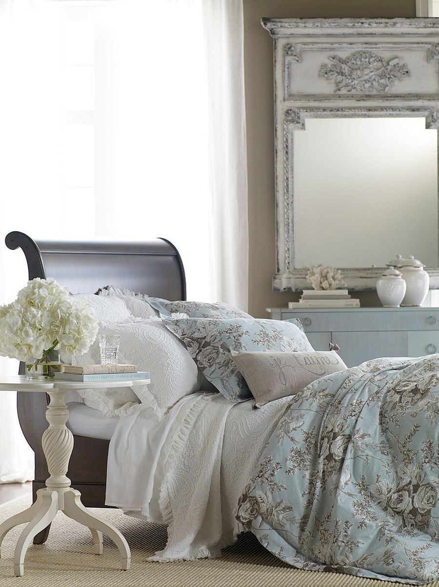 Sleigh style daybed in the bedroom feels both classic and elegant at the same time