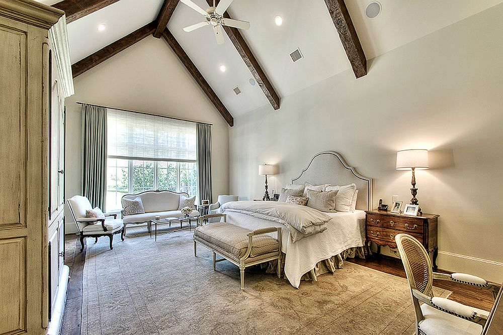 Structural wooden beams can also add aesthetic charm to the bedroom in neutral colors