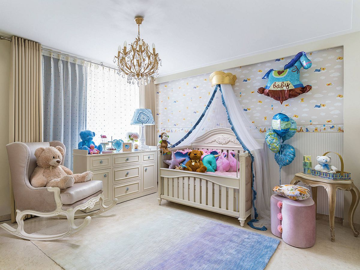 Using small number of colors in eclectic nursery gives it a more spacious visual appeal