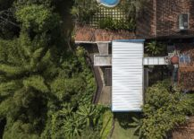 View-from-the-sky-of-the-extended-modern-house-in-Brazils-surrounded-by-jungles-217x155