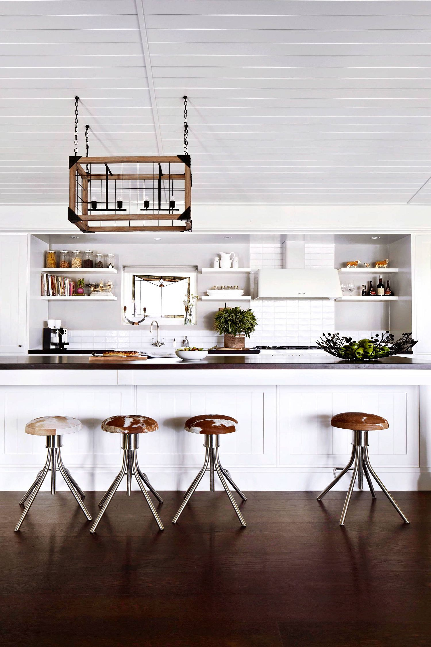 White Kitchen Blends Victorian And Farmhouse Styles Into One