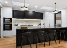 Bar-stools-add-o-the-black-in-the-dining-room-217x155