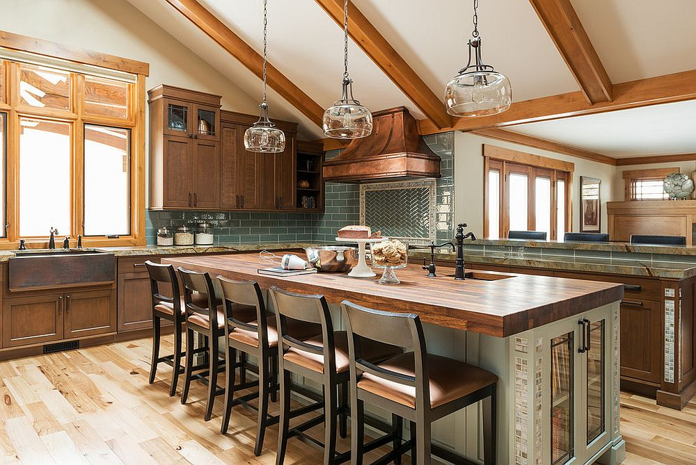 Bespoke-craftsman-style-kitchen-with-an-island-in-wood