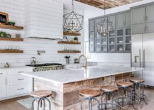 Bit-of-rustic-and-farmhouse-charm-rolled-into-one-in-the-kichen-217x155