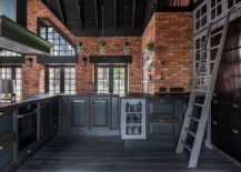 Brick-coupled-with-black-in-the-modern-industrial-kitchen-217x155