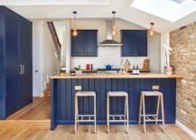 Brick-wall-skylight-and-a-splash-of-blue-for-the-delightful-modern-kitchen-217x155