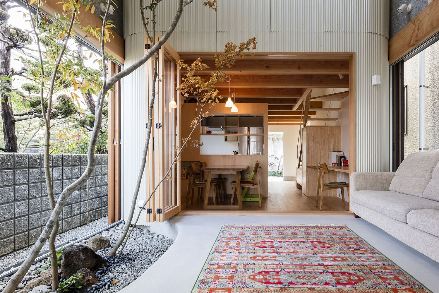 Japanese Home on Narrow Lot Embraces Greenery with an Indoor Dry Garden
