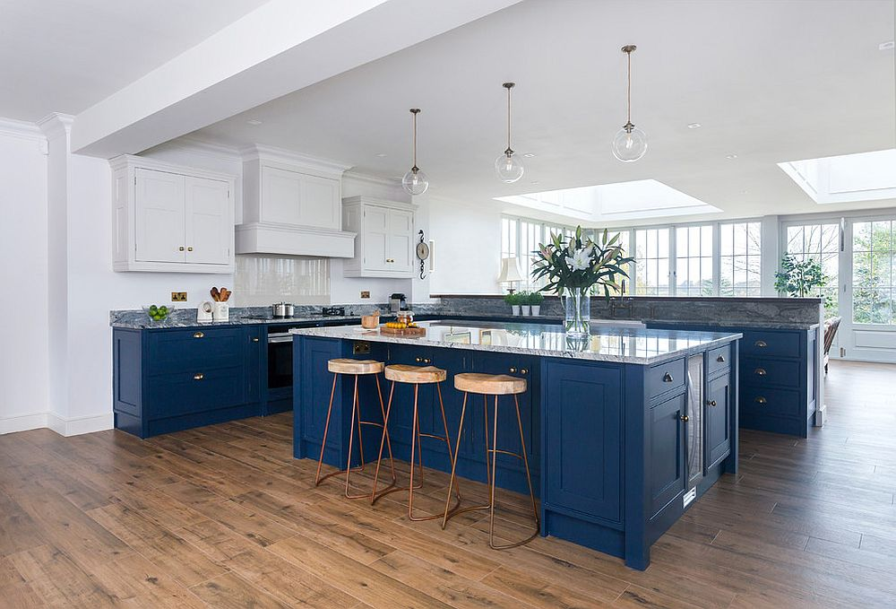 Spacious-white-and-blue-kitchen-is-a-classic-that-can-adapt-to-multiple-styles-with-ease