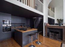 Use-dark-gray-insead-of-black-in-the-modern-kitchen-with-a-hin-of-woodsy-charm-217x155