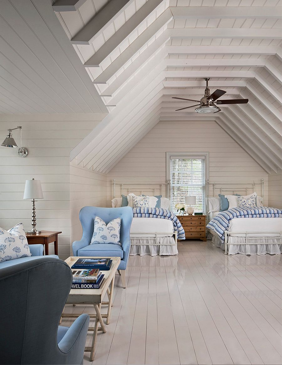 Beach style attic bedroom idea for those who have plenty of space to spare