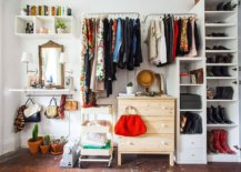 Beautiful-closet-inside-Barcelona-apartment-feels-both-organized-and-creative-82137-217x155