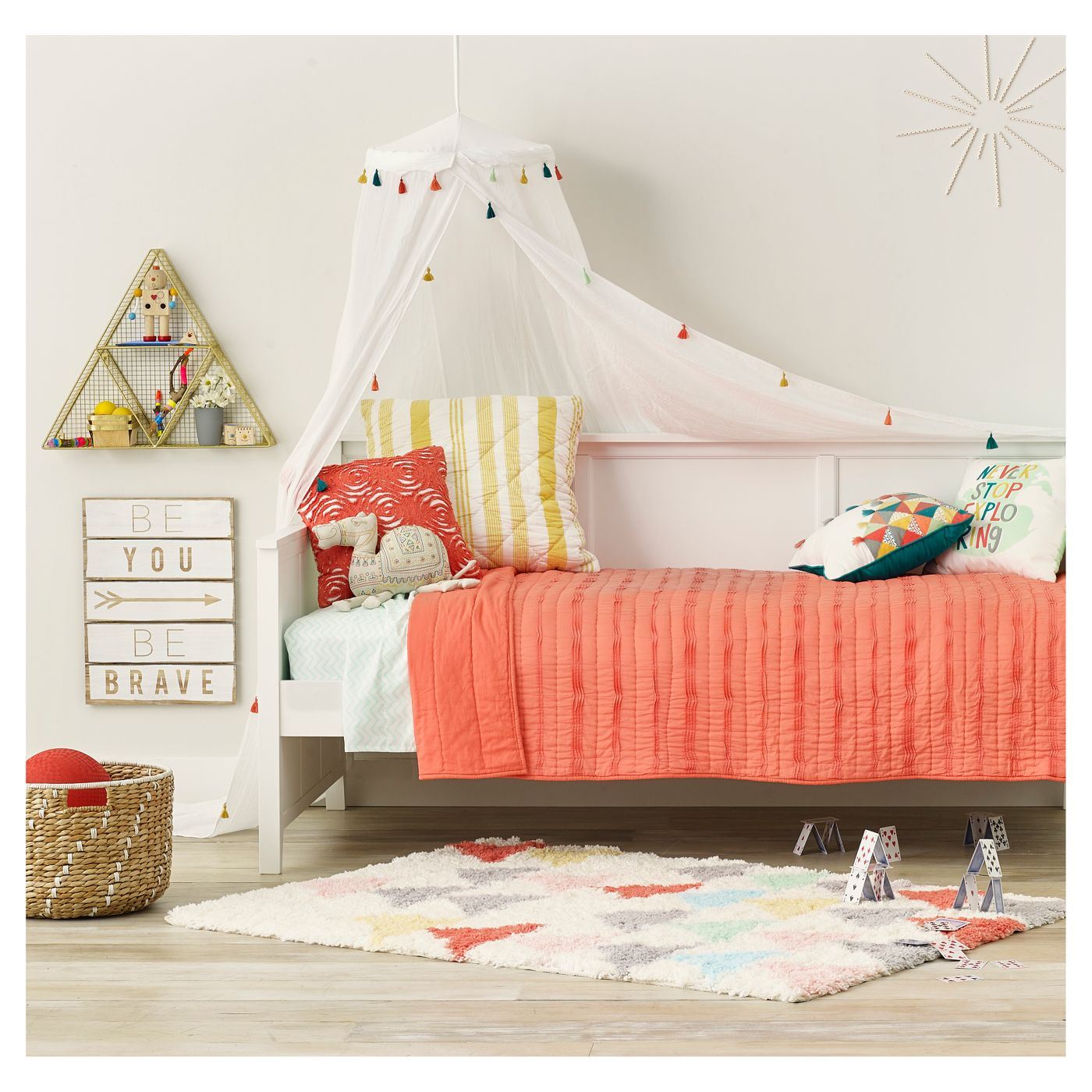 Canopy in a stylish bedroom for kids