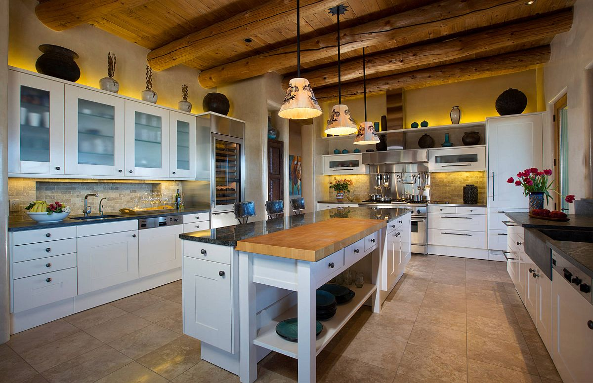 Ceiling-beams-give-the-kitchen-a-distinct-identity-of-its-own-54548