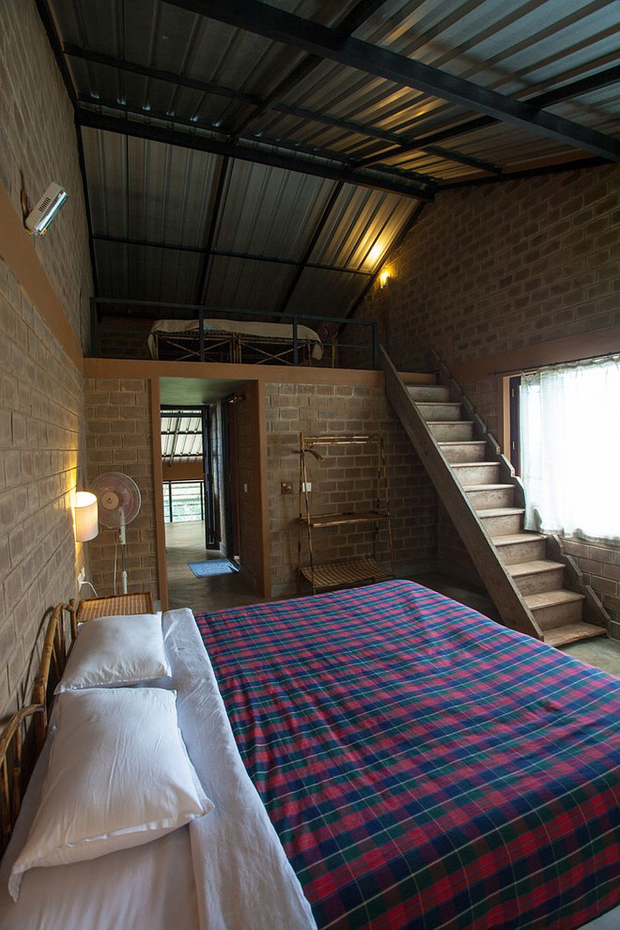 Get innovative with the design of your attic bedroom