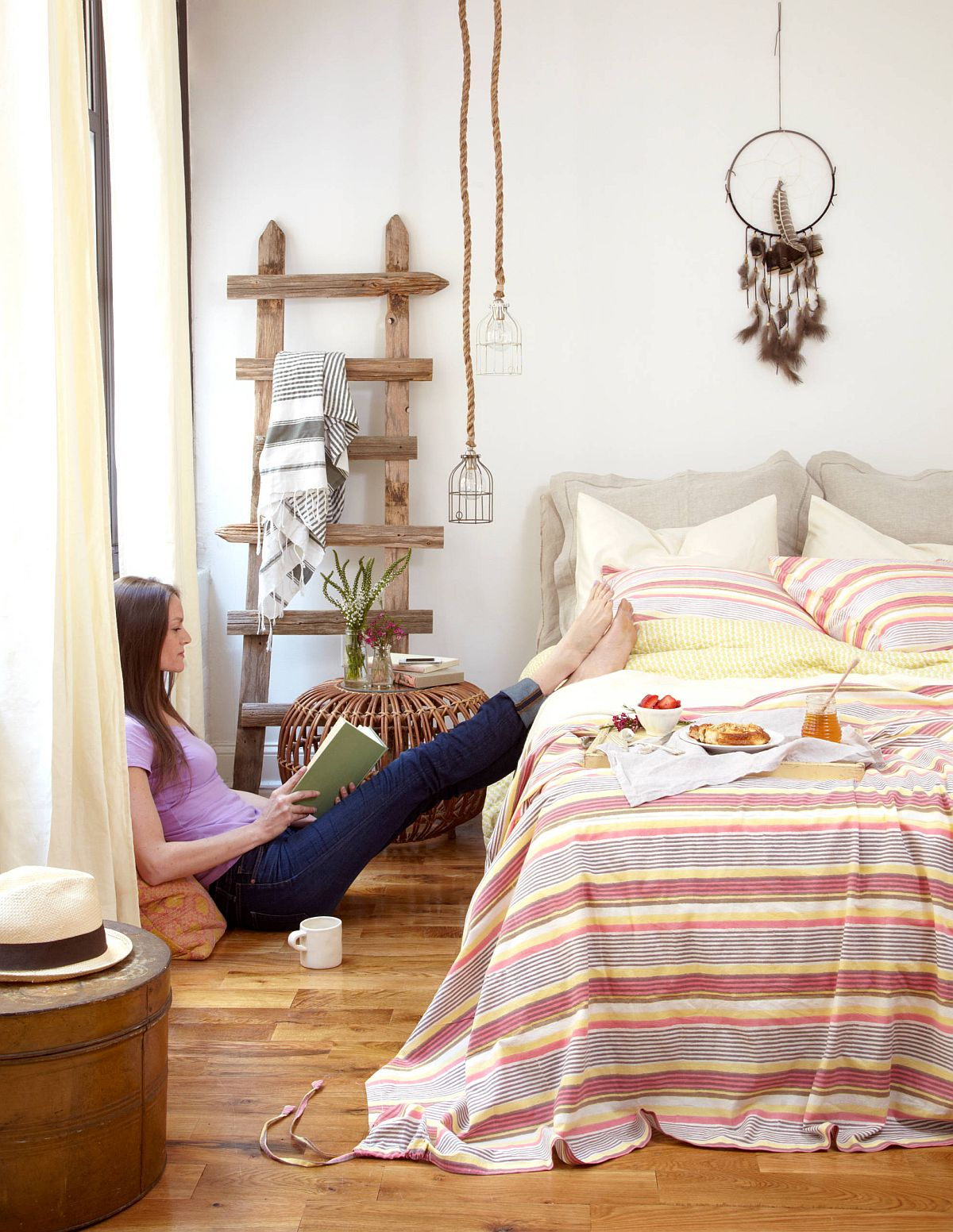 Gorgeous bedroom with eclectic syle and bohemian charm feels relaxing