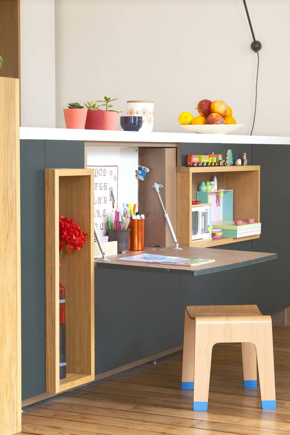 Gorgeous little work desk for the Scandinavian style room can be used by both kids and adults alike