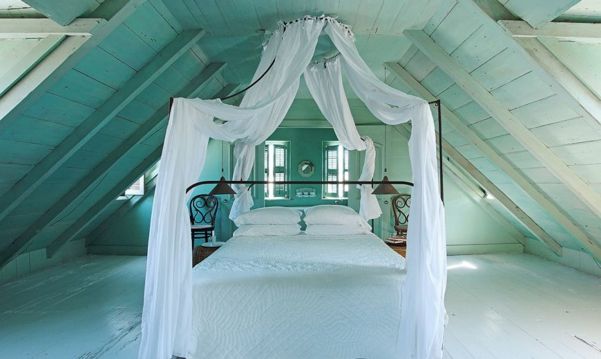 25 Space-Savvy Attic Bedrooms in the Trendiest Styles of the Year!
