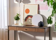 Layers-of-entryway-table-styling-41179-217x155