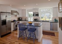 Natural-wood-floors-in-the-kitchen-can-last-a-while-with-the-right-treatment-48641-217x155