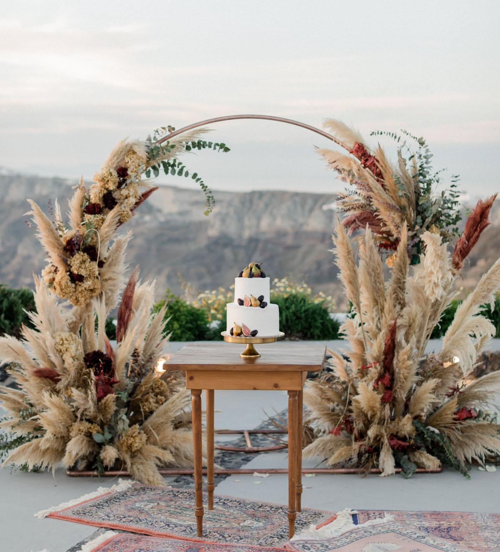Pampas-grass-wedding-arch-design-77779