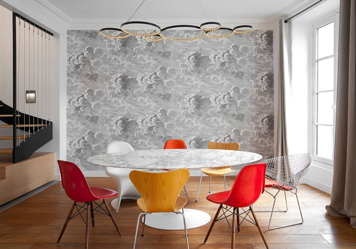 Saarinen Tulip Dining Table with marble top is one that you just do not wan to miss!