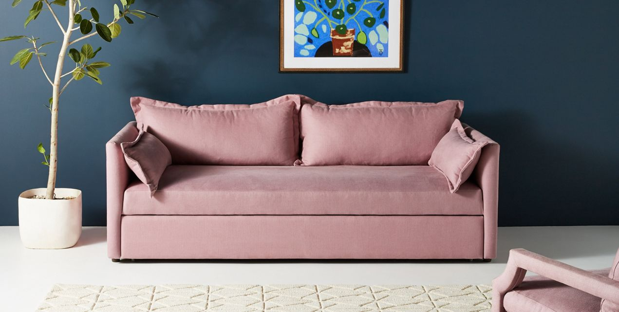 Sleeper sofa in pink