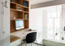 Space-savvy-home-office-design-in-the-staircase-landng-area-with-a-floding-work-desk-24793-217x155