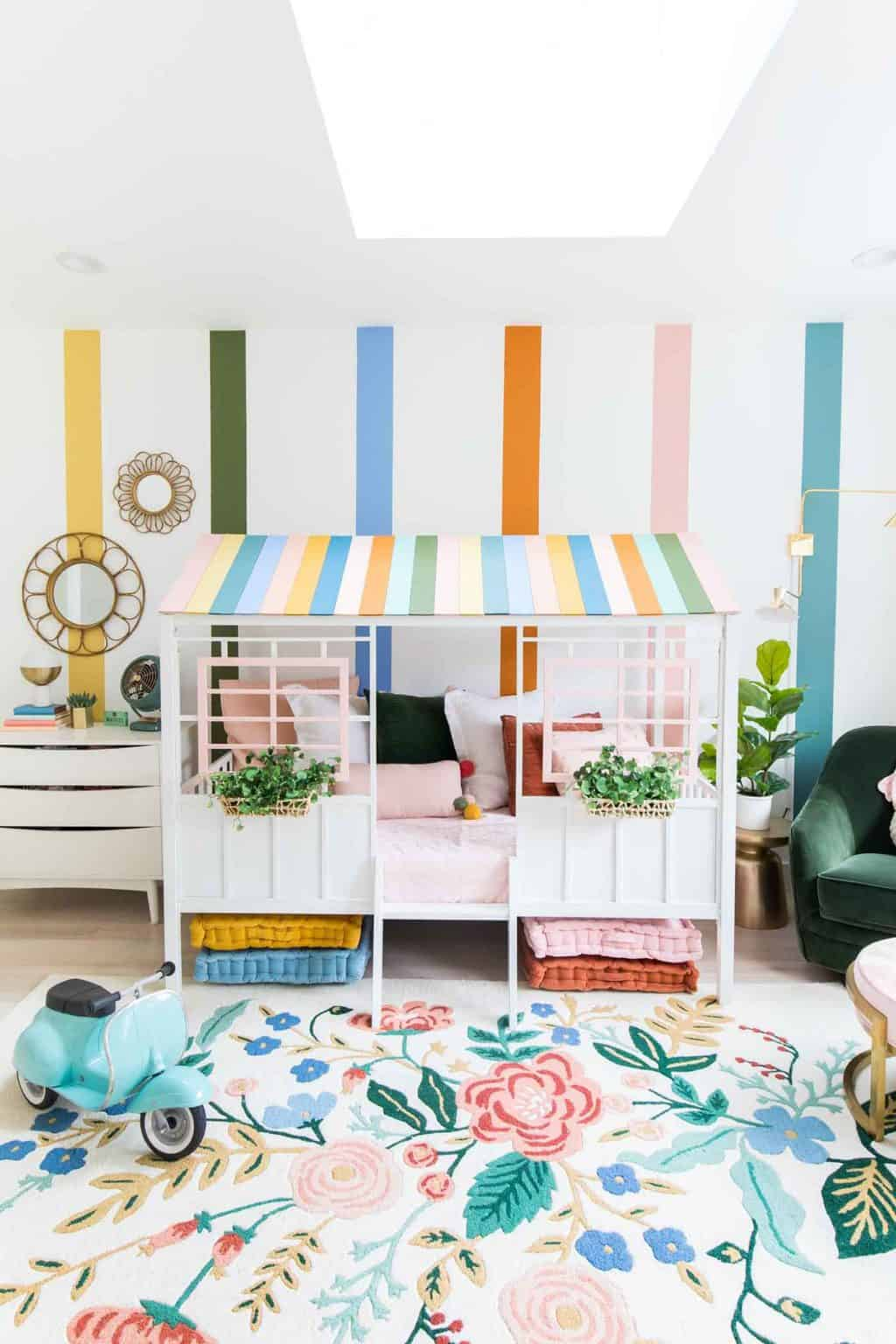 Toddler girl bedroom by Sugar & Cloth