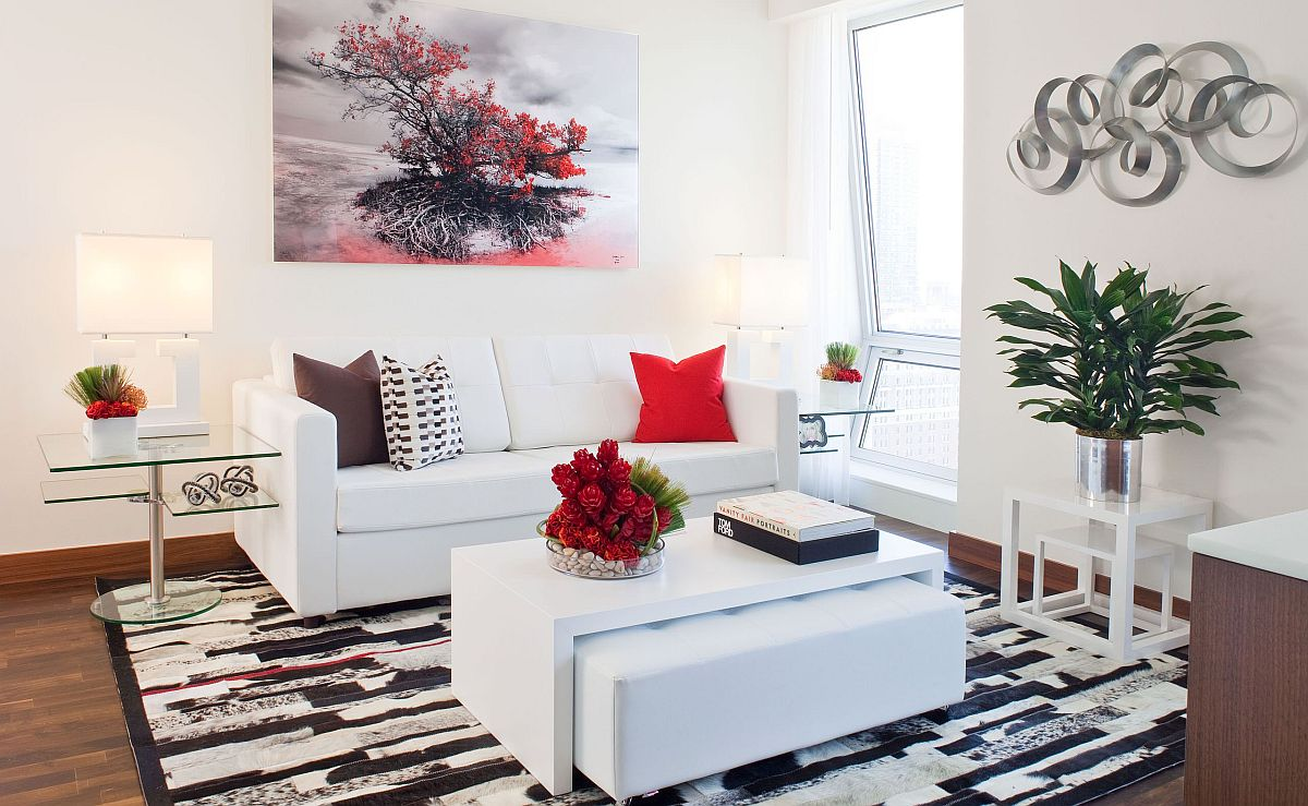 Wall-art-is-an-easy-way-to-add-a-hint-of-color-to-the-small-white-living-room-33908