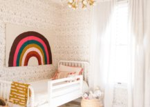Wallpaper-in-a-toddlers-bedroom-96128-217x155