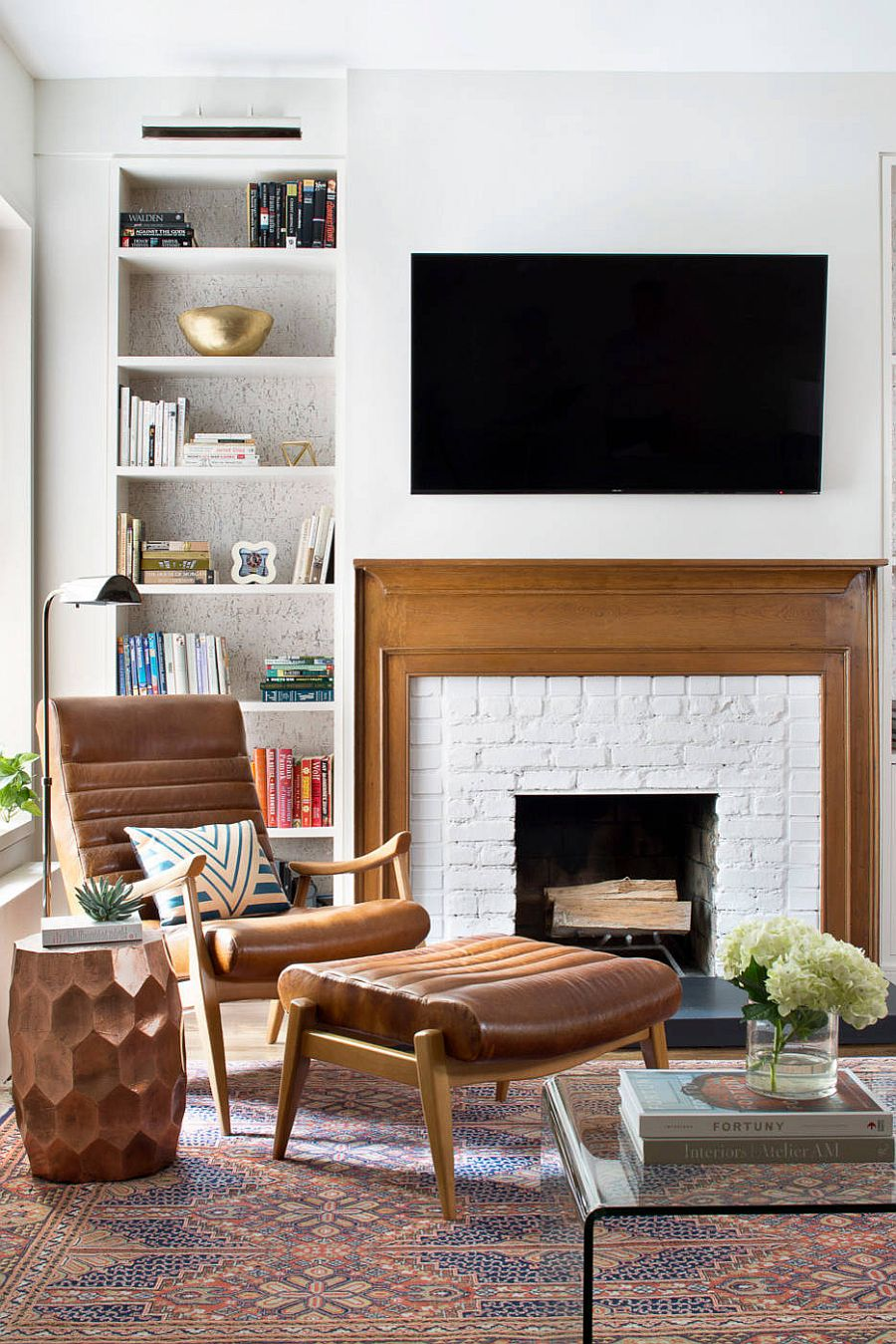 Wood brings warmth and so does the decor in this white boho chic living room