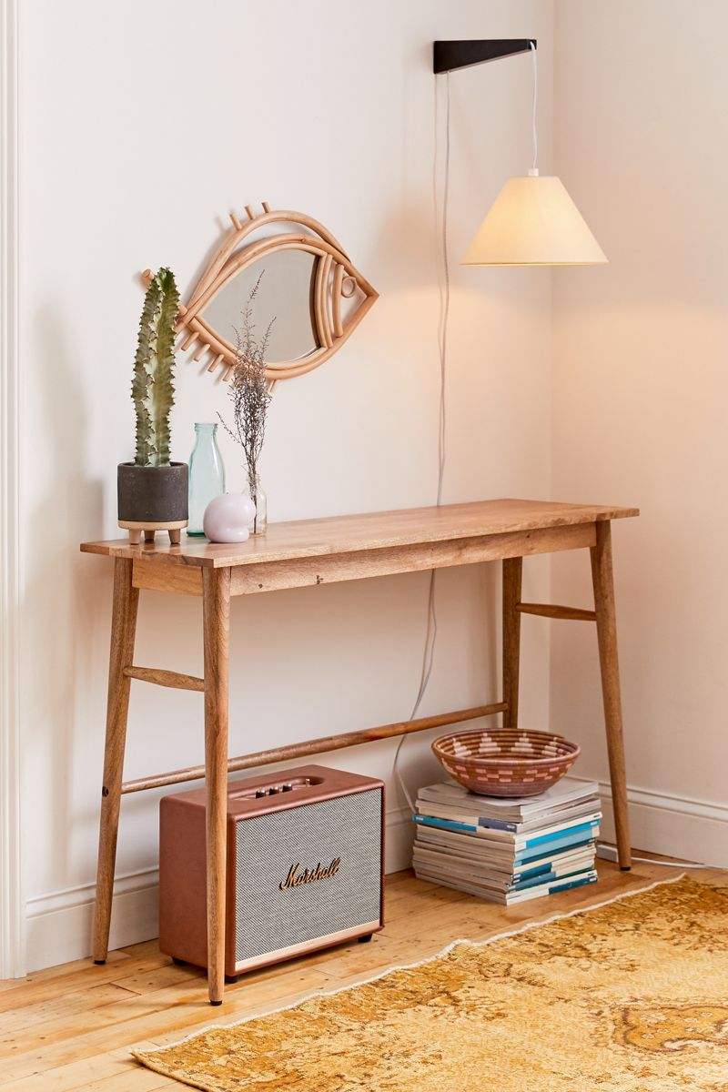 Wooden-console-table-styling-22166