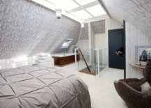 Bathroom-in-the-corner-becomes-a-part-of-the-overall-bedroom-narrative-47608-217x155