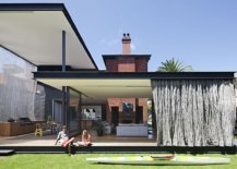 Beautifully-designed-canopies-create-a-sheltered-outdoor-space-at-this-Aussie-home-99469-217x155