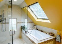 Brilliant-blend-of-yellow-and-white-in-the-small-attic-bathroom-is-an-absolute-showstopper-46975-217x155