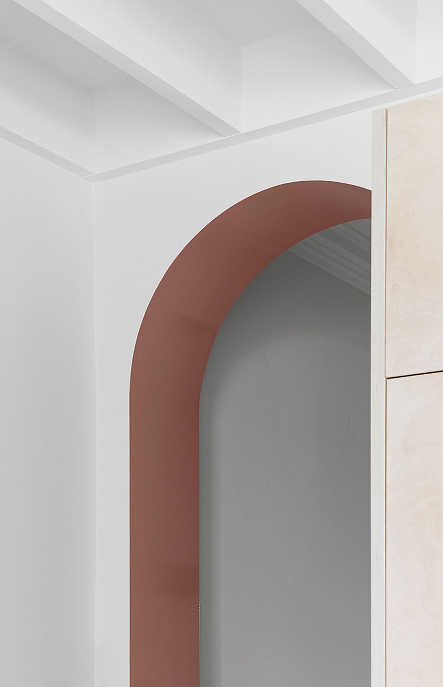 Closer-look-at-the-modern-makeover-that-combines-traditional-arches-with-modernity-85659