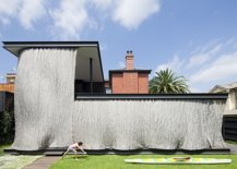 Completely-covered-outdoor-space-keeps-out-hot-sun-at-this-Melbourne-home-91649-217x155
