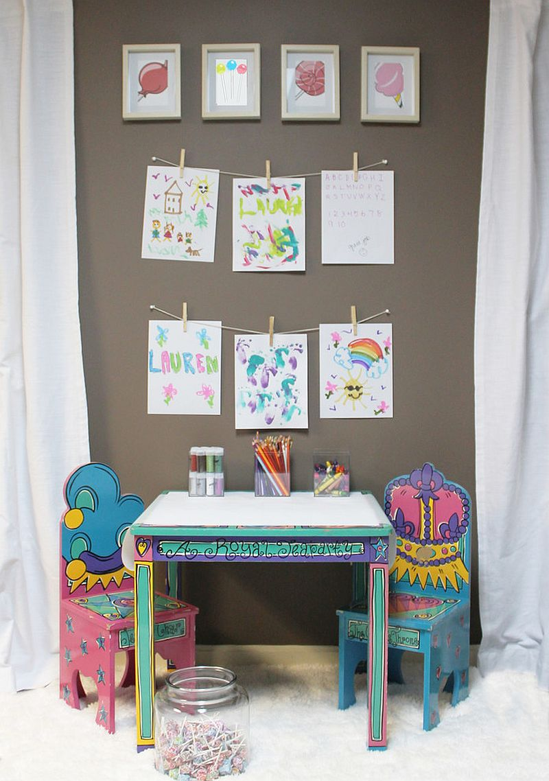 DIY-ideas-to-create-a-small-kids-playroom-with-an-easy-to-make-art-display-21003