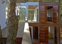 Different-blocks-of-the-house-are-linked-with-one-another-using-walkways-30520-217x155