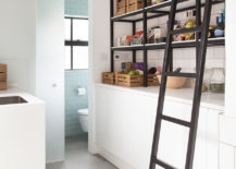 Edison-bulb-lighting-for-the-industrial-styled-pantry-with-simple-shelving-94504-217x155