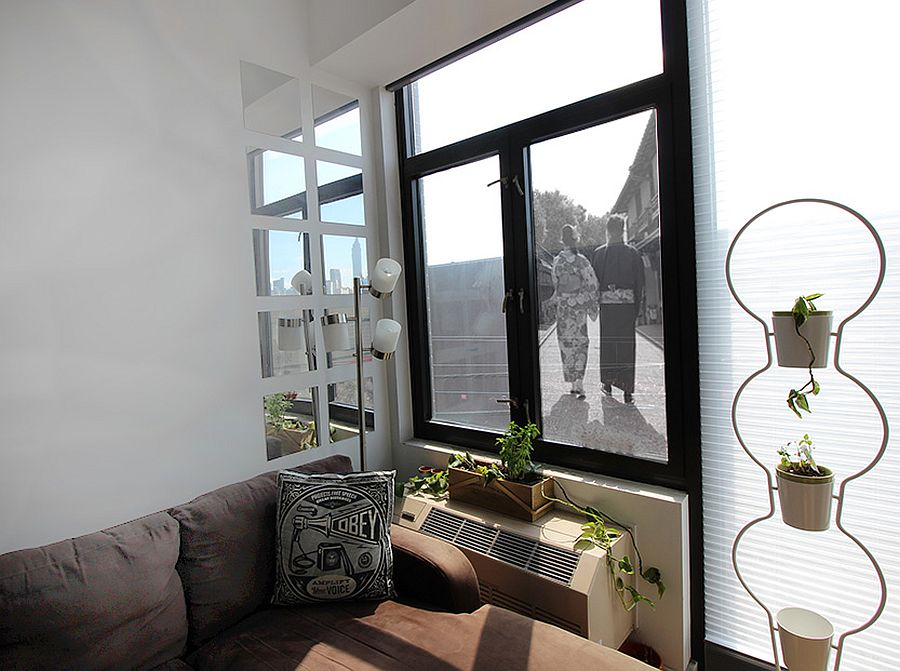 Giant DIY window picure frame takes absolutely no time to make!