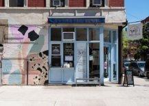Grafitti-on-the-walls-gives-the-street-facade-of-Boris-Horton-a-unique-appeal-98643-217x155