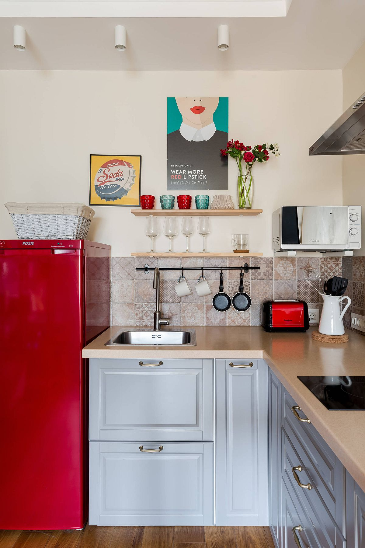 Making-use-of-cirner-space-in-the-tiny-kitchen-with-a-dash-of-red-thrown-into-the-mix-19366