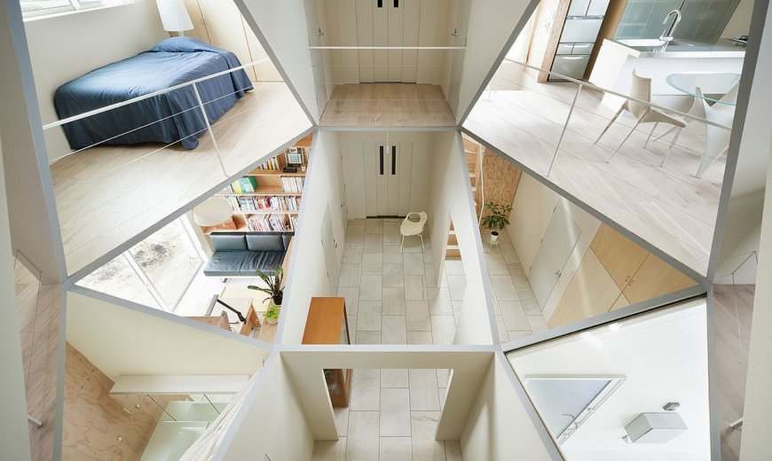 Geometric Masterpiece: Hexagonal Atrium Enlivens Modern Home with 12 Rooms