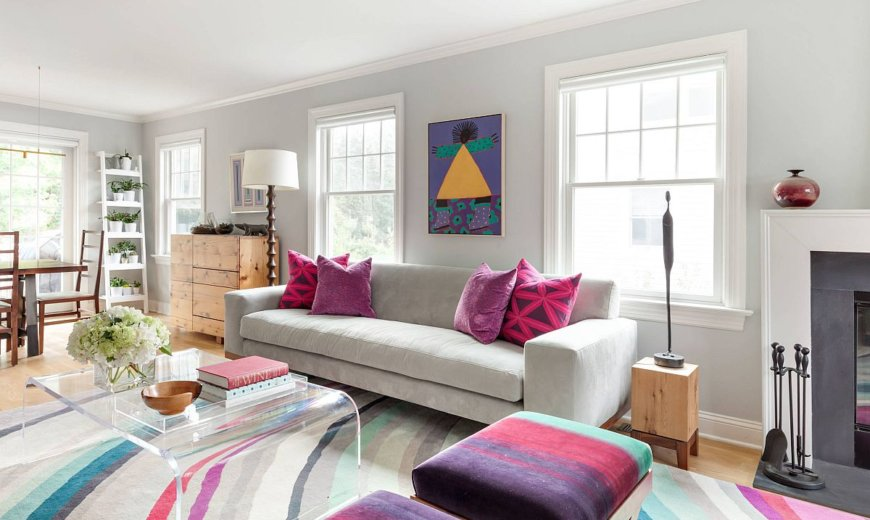 Accent Pillows in Multiple Colors: Must-Try Living Room Decorating Trend