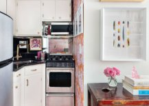 Orange-colored-wallpaper-used-to-delineate-the-small-kitchen-in-corner-with-eclectic-style-98260-217x155