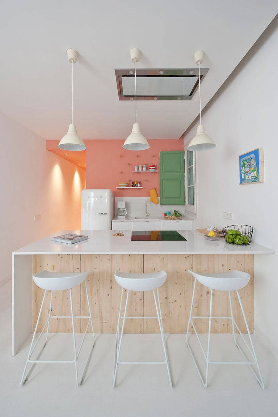 Pastel-pink-and-green-bring-color-to-the-classy-vintage-kitchen-15348