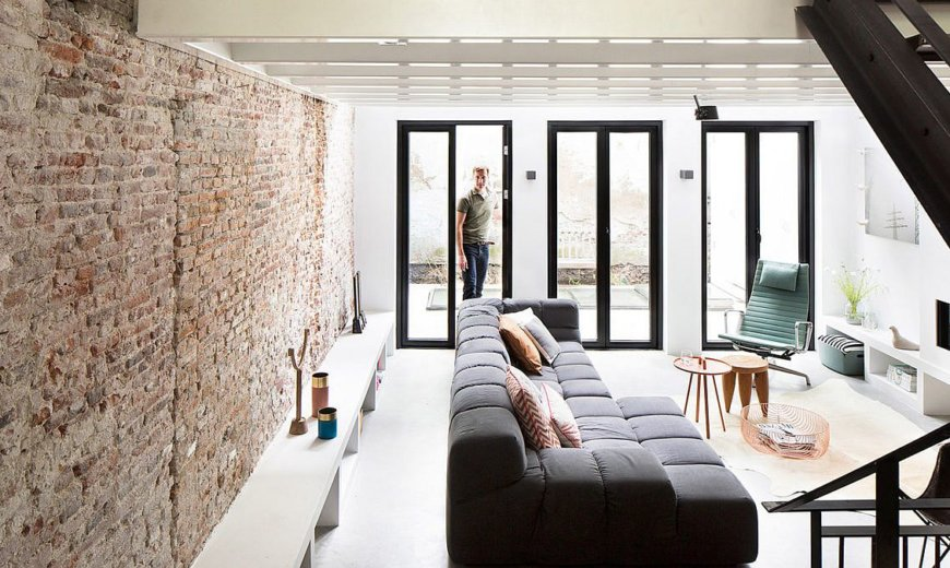 Split-Level Living Area and a Rejuvenated Basement Give the Canal House an Upgrade